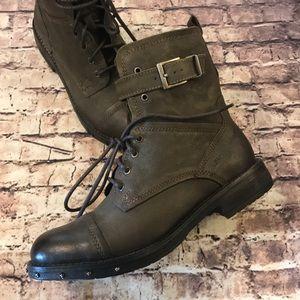 Musse & Cloud boots size 8.5